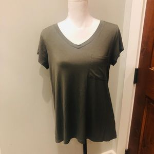 Cable and Gauge butter soft tunic Tee